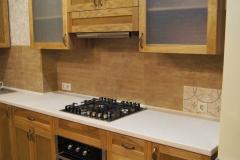 Кухня из массива  дуба и ясеня с каменной столешницей