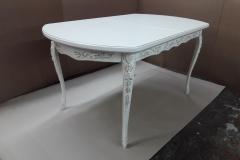 Резной обеденный стол из массива