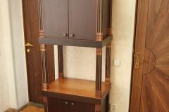 Шкаф и двери из ценных пород дерева