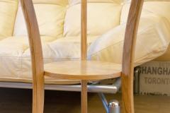 Столик из массива дуба