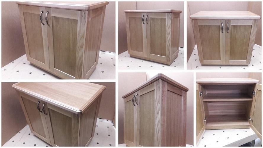 Кухонный комод с распашными дверцами из массива